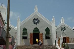800px-St._Peter's_Church_-1