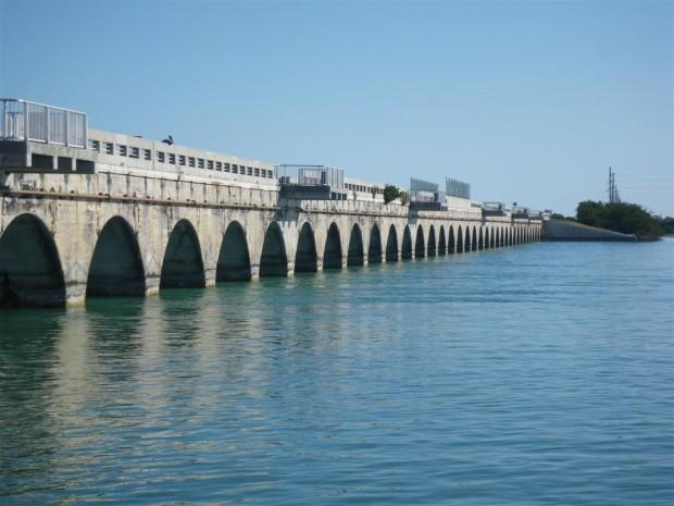 florida_keys_bridge_fishing