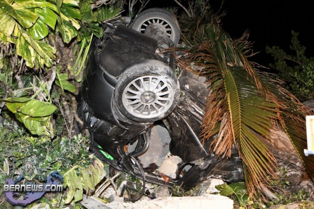 Car Accident Harrington Sound Road Bermuda Jan 24th 2011-1-6