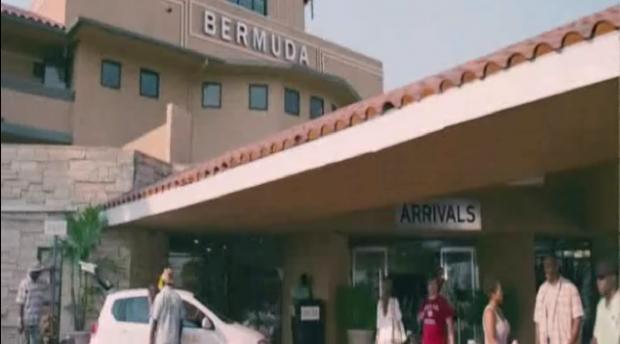 Gullivers Travels fake bermuda scene