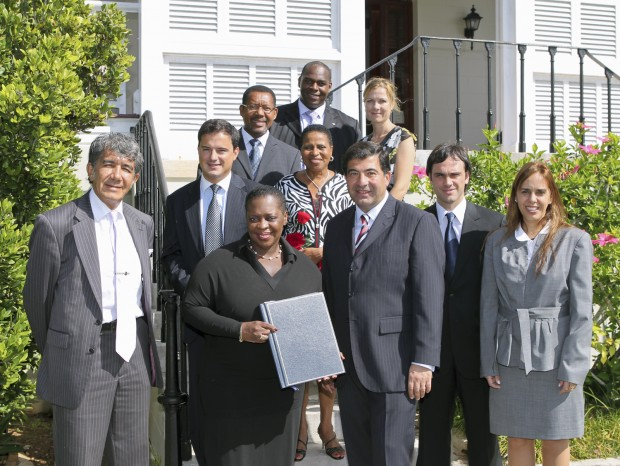 Photo 2 - Premier Cox and Bermuda and Argentine delegations