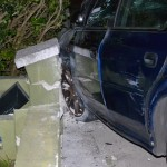 car crash frog lane bermuda sept 5 2011 (6)