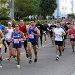 Bacardi 8K Run Walk Bermuda, November 25 2012 (17)