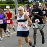 Bacardi 8K Run Walk Bermuda, November 25 2012 (24)