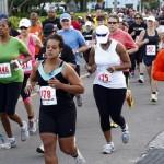 Bacardi 8K Run Walk Bermuda, November 25 2012 (32)