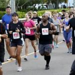 Bacardi 8K Run Walk Bermuda, November 25 2012 (38)