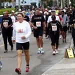 Bacardi 8K Run Walk Bermuda, November 25 2012 (7)