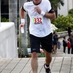 Bacardi 8K Run Walk Bermuda, November 25 2012 (81)