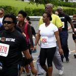 Bacardi 8K Run Walk Bermuda, November 25 2012 (9)