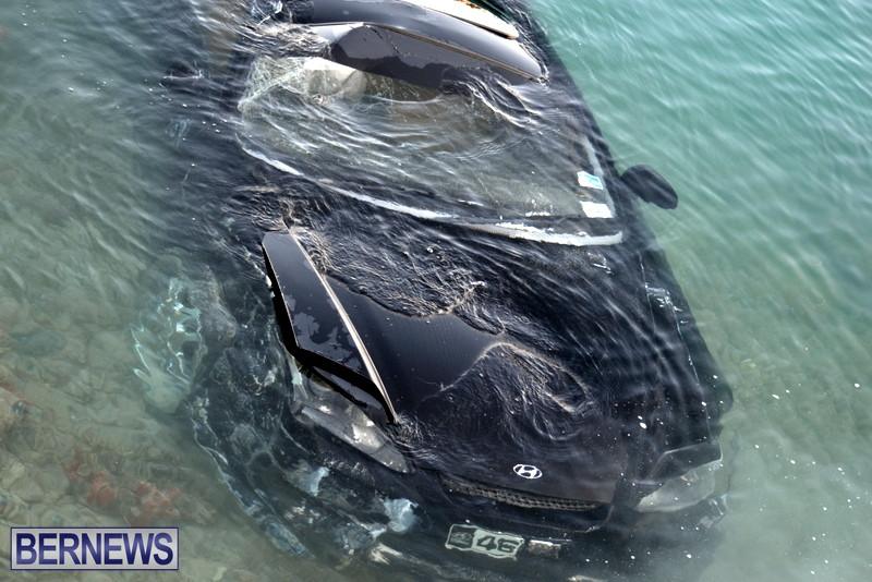 Car-Overboard-Bermuda-May-16-2013-10