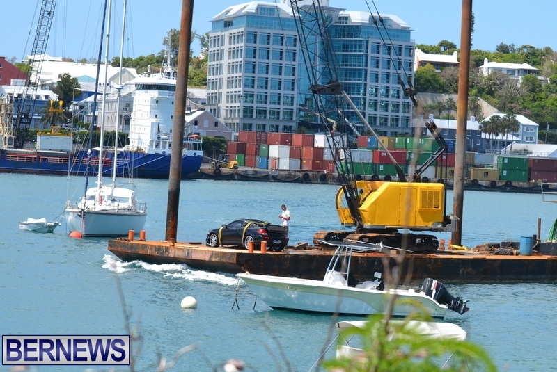 Car Overboard Bermuda May 16 2013 (12)
