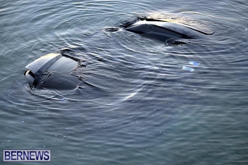 Car-Overboard-Bermuda-May-16-2013-6