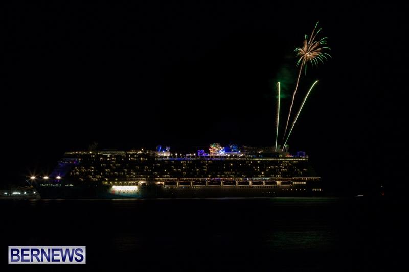 Norwegian-Breakaway-Fireworks-In-Dockyard-Bermuda-July-4-2013-16