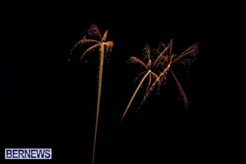 Norwegian-Breakaway-Fireworks-In-Dockyard-Bermuda-July-4-2013-18