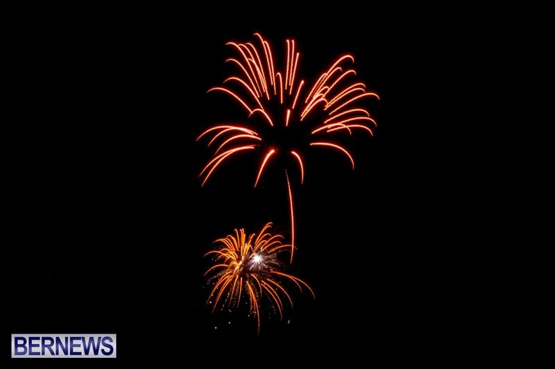 Norwegian-Breakaway-Fireworks-In-Dockyard-Bermuda-July-4-2013-19