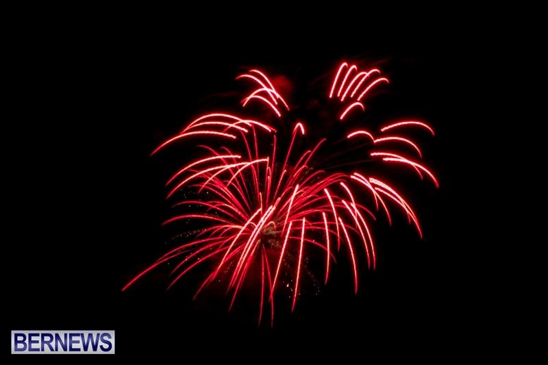 Norwegian-Breakaway-Fireworks-In-Dockyard-Bermuda-July-4-2013-20