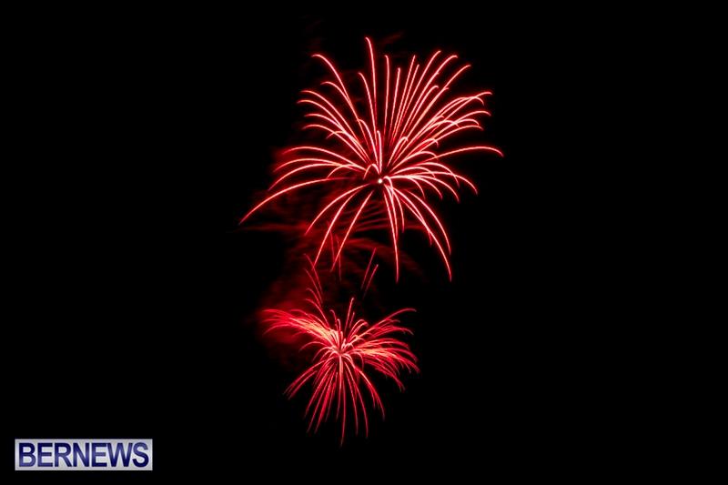 Norwegian-Breakaway-Fireworks-In-Dockyard-Bermuda-July-4-2013-21