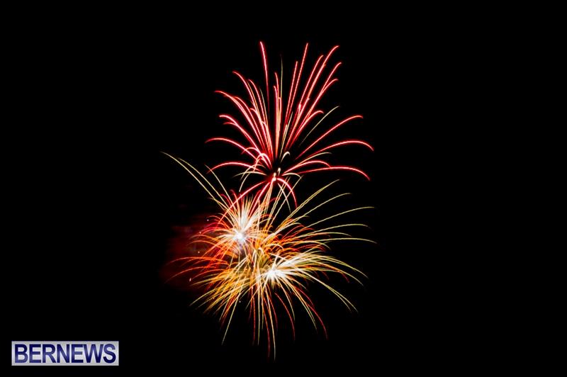 Norwegian-Breakaway-Fireworks-In-Dockyard-Bermuda-July-4-2013-24