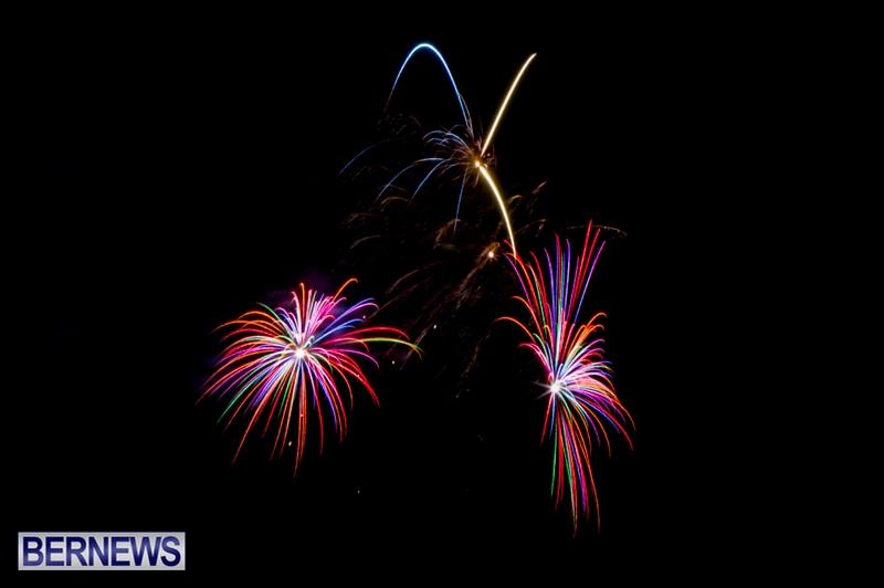 Norwegian-Breakaway-Fireworks-In-Dockyard-Bermuda-July-4-2013-27