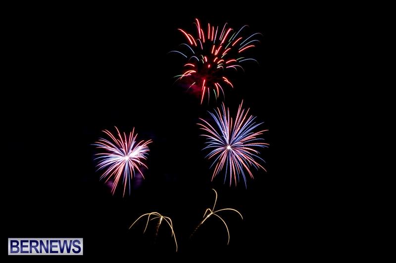 Norwegian-Breakaway-Fireworks-In-Dockyard-Bermuda-July-4-2013-29