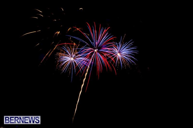 Norwegian-Breakaway-Fireworks-In-Dockyard-Bermuda-July-4-2013-31