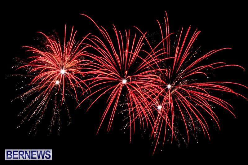 Norwegian-Breakaway-Fireworks-In-Dockyard-Bermuda-July-4-2013-33