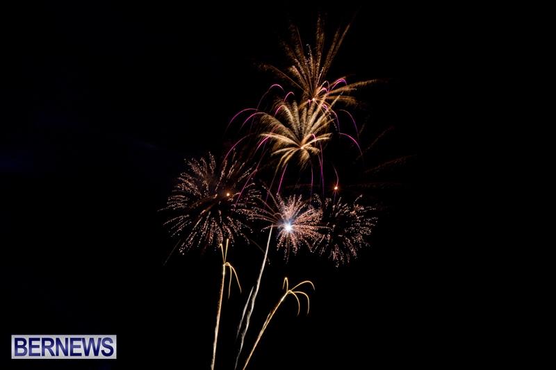 Norwegian-Breakaway-Fireworks-In-Dockyard-Bermuda-July-4-2013-35