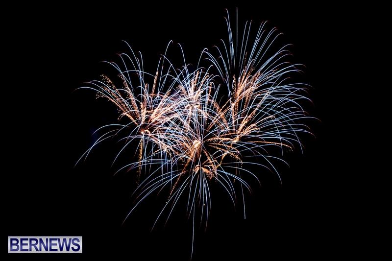 Norwegian-Breakaway-Fireworks-In-Dockyard-Bermuda-July-4-2013-36