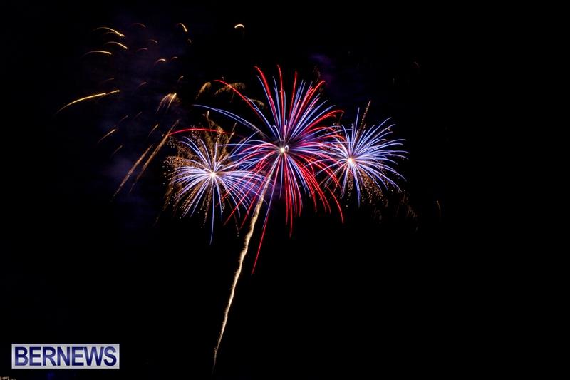 Norwegian-Breakaway-Fireworks-In-Dockyard-Bermuda-July-4-2013-6