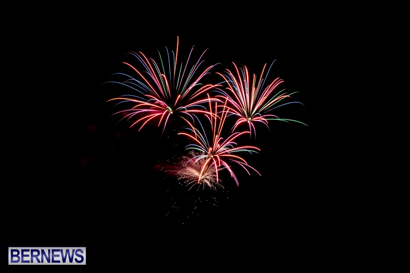 Norwegian-Breakaway-Fireworks-In-Dockyard-Bermuda-July-4-2013-8