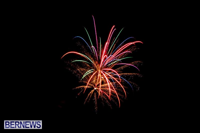 Norwegian-Breakaway-Fireworks-In-Dockyard-Bermuda-July-4-2013-9