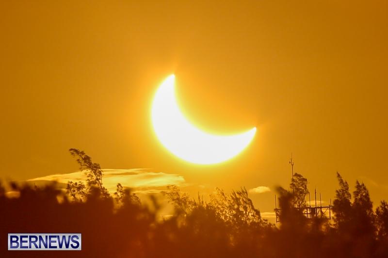 Bermuda-Solar-Eclipse-November-3-2013-21
