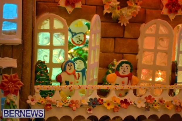 Fairmont Hamilton Gingerbread House 2013 (4)