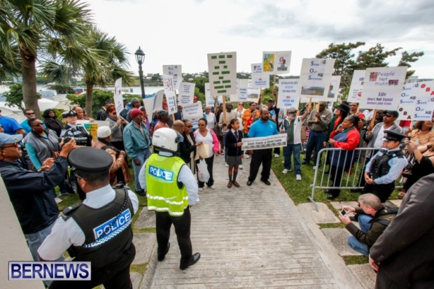 Lamb-Foggo-Urgent-Care-Centre-Protest-March-Bermuda-November-22-2013-14