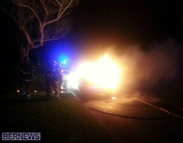 2014 NYE car fire bermuda (2)