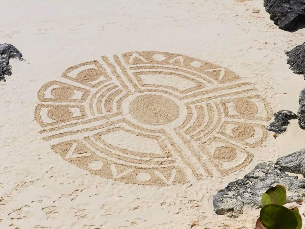Bermuda Beach Art 2014 Adrianna Anfossi - 1st - Teen