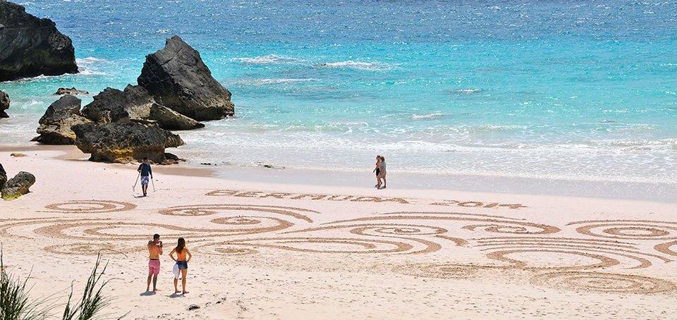 Bermuda Beach Art 2014 Team Ajrak - 2nd - Adult