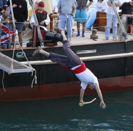 Pirates-of-Bermuda-2014-avi