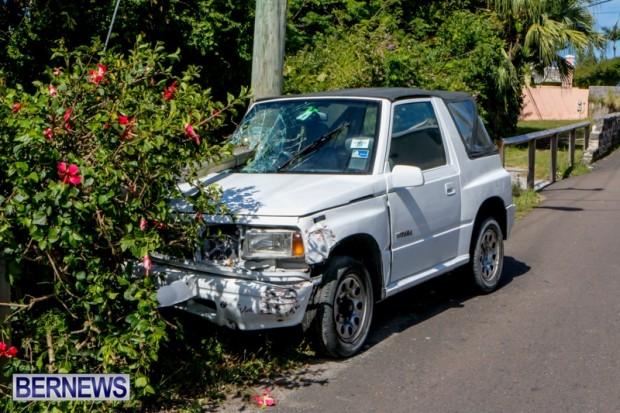 Car Accident Bermuda, April 19 2014-1