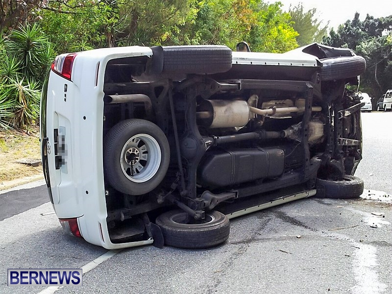 Accident-Bermuda-May-25-2014-6