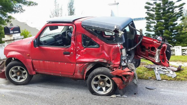Accident Bermuda, September 12 2014  (1)