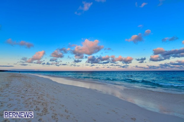 Bermuda sunset Elbow Beach generic 543