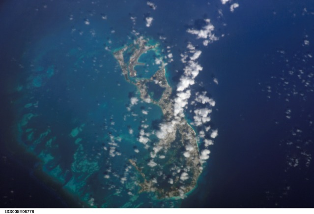 bermuda-islands-from-space-picture-2