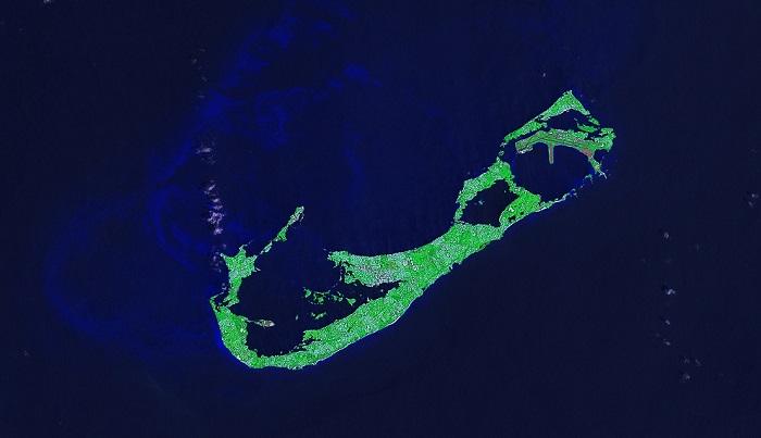 nasa-photo-bermuda-island-from-space-1
