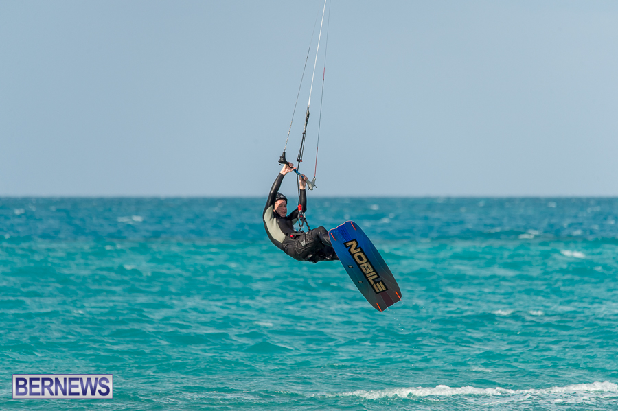 Bermuda-Kite-Surfers-2014-Dec-1