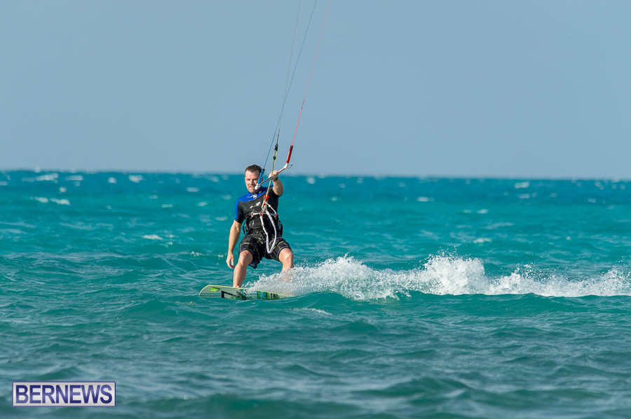 Bermuda-Kite-Surfers-2014-Dec-2