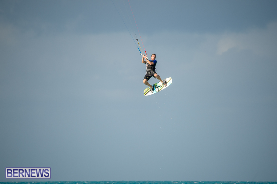 Bermuda-Kite-Surfers-2014-Dec-30