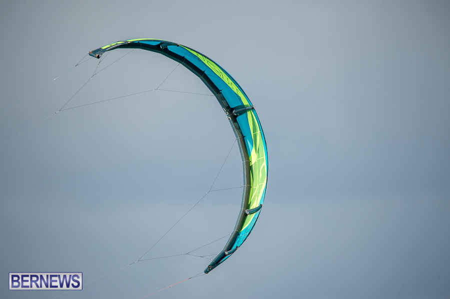 Bermuda-Kite-Surfers-2014-Dec-31