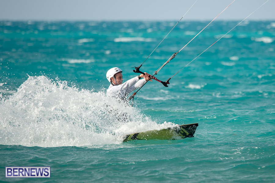Bermuda-Kite-Surfers-2014-Dec-33