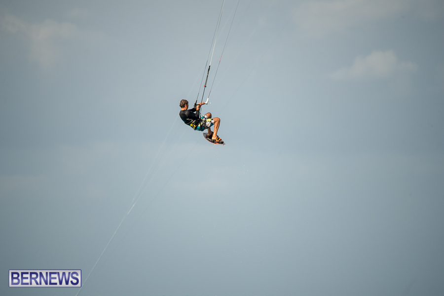 Bermuda-Kite-Surfers-2014-Dec-57